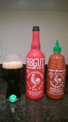Rogue Sriracha Hot Stout, Sriracha Huy Fong Hot Sauce